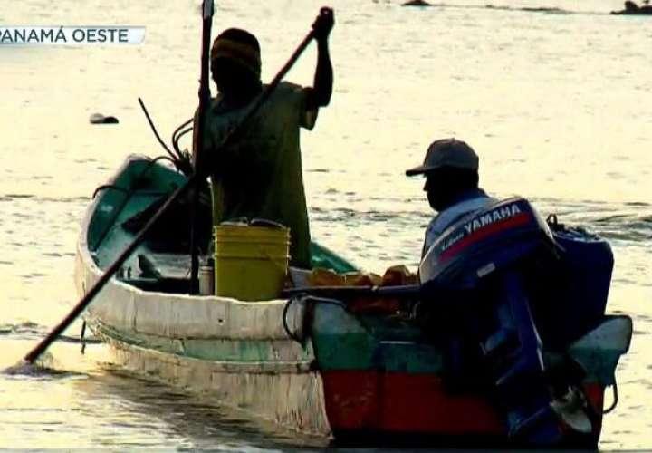 Familiares suplican ayuda para encontrar a pescador desaparecido