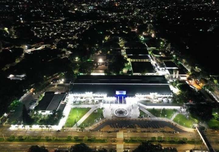 El Salvador inaugura primera fase de hospital con 400 camas