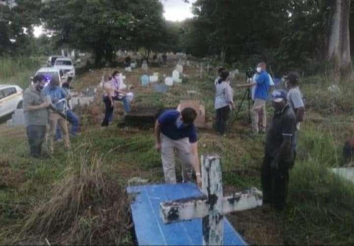 Buscan tumbas de víctimas de la invasión de EEUU a Panamá en Colón