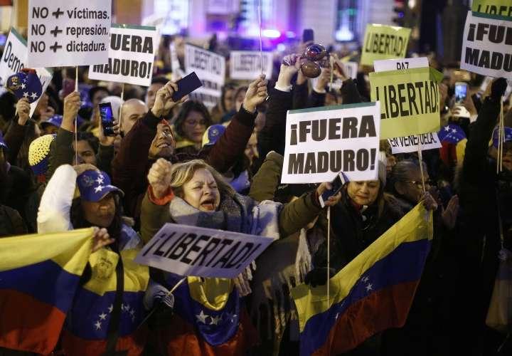 El papa pide solución pacífica a crisis venezolana