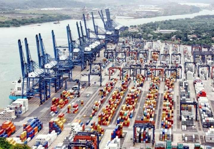 Transportistas preparan acciones contra navieras
