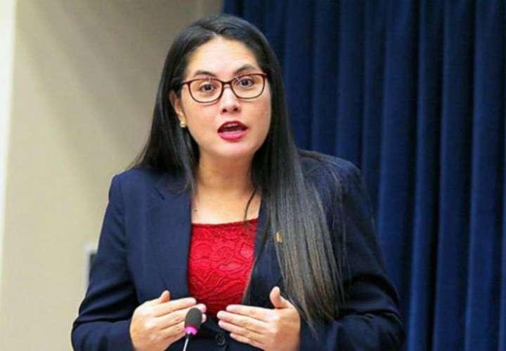 Libros para escolares panameños los imprimirán en El Salvador