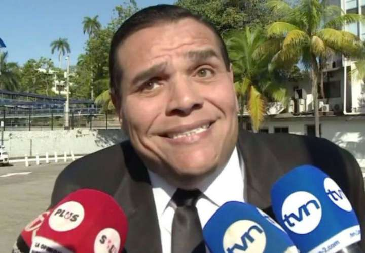 Chello pide a Roux que lo deje ir sin revocatoria