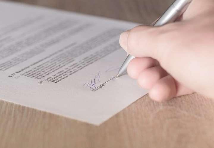 Contratos de trabajo podrán ser suspendidos un mes más