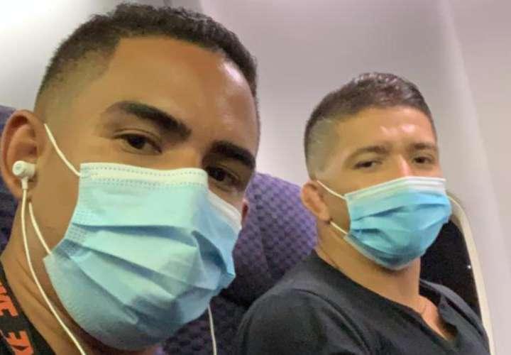 Luchadores viajan a Mundial en Serbia