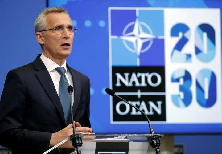 Jens Stoltenberg pone el tema de los ciberataques como una prioridad para cumbre de la OTAN