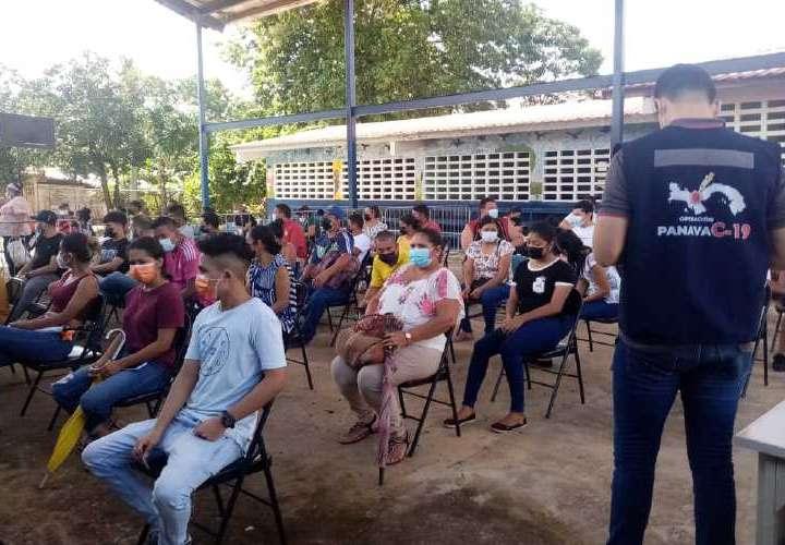 Más de 900 vacunaciones en arranque de barrido con Pfizer en Soná