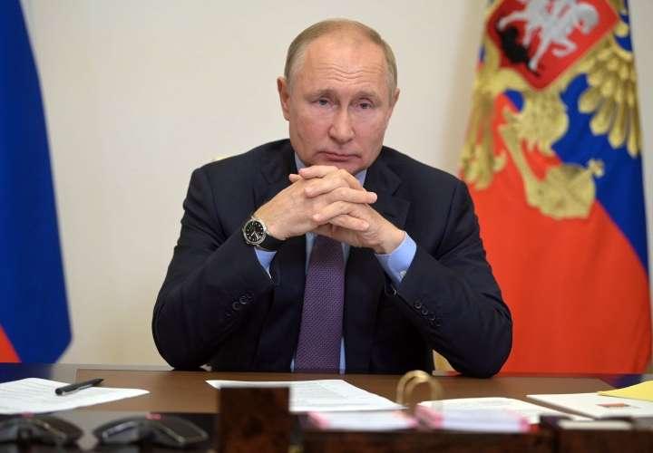 Putin, obligado a guardar cuarentena