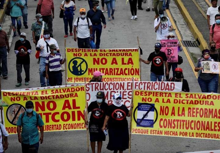 Salvadoreños en el extranjero competirán por la Presidencia