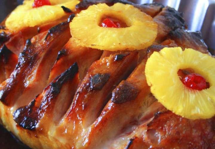 Panameños preparan el jamón y pavo para la cena navideña