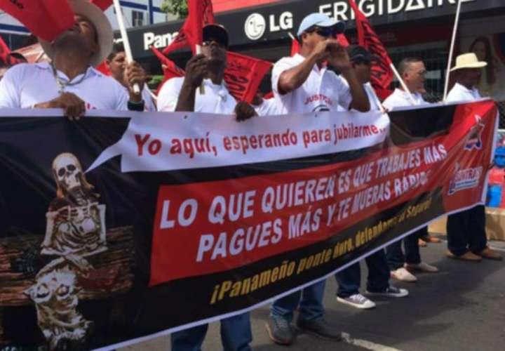 Frenadeso: gobierno de Varela, único culpable de la huelga docente