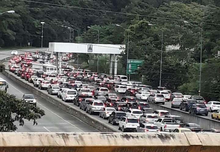 A.Latina se ahorraría 64 mil millones con autos eléctricos