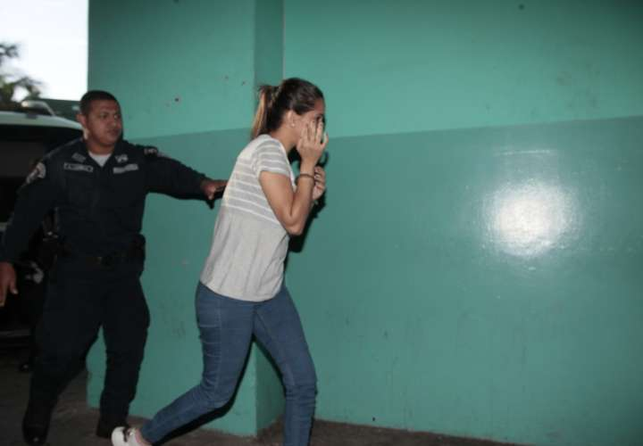 Medidas cautelares a venezolana por ejercicio ilegal de odontología