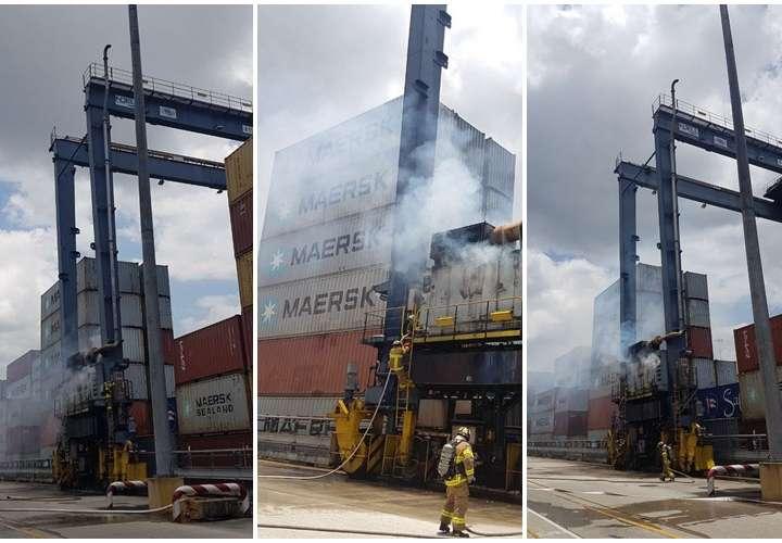 Se incendia grúa en puerto de Balboa