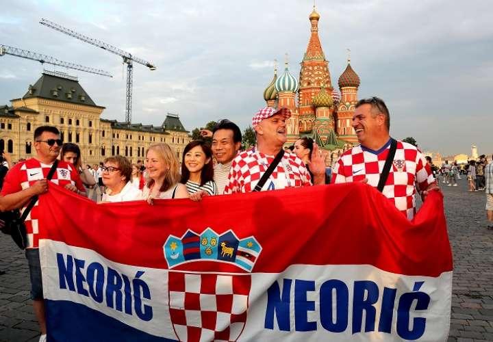 La afición croata sueña con la gran gesta de su selección./AP