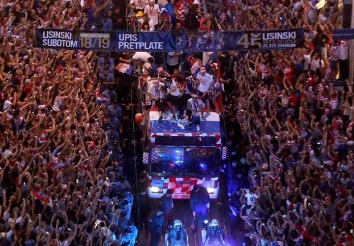 Los croatas fueron recibidos con entusiasmo por cientos de miles de personas./EFE