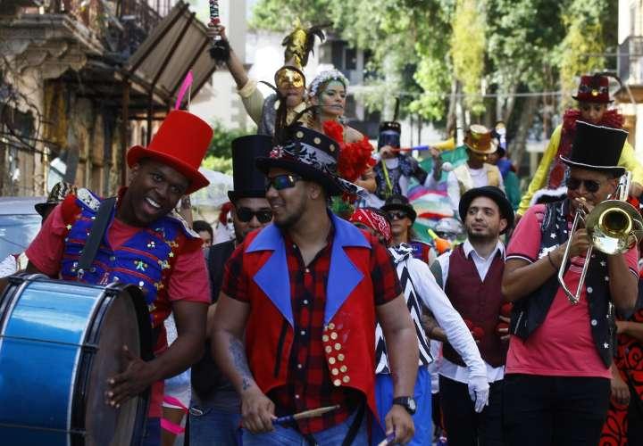 La programación de este encuentro cultural y artístico también comprende la ejecución de talleres de dramaturgia, apreciación teatral, así como clases de danzas. Foto: Edwards Santos