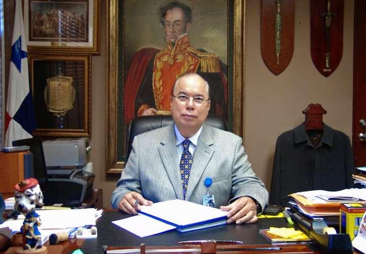 Asamblea debe ratificar nombramiento de nuevo director de la CSS