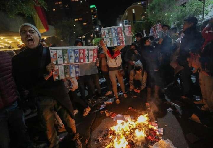La violencia se extiende en Bolivia mientras se espera el resultado electoral