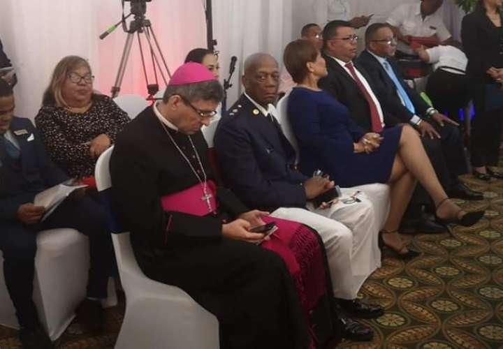 Diócesis se pronuncia sobre no participación del obispo en acto patrio en Colón