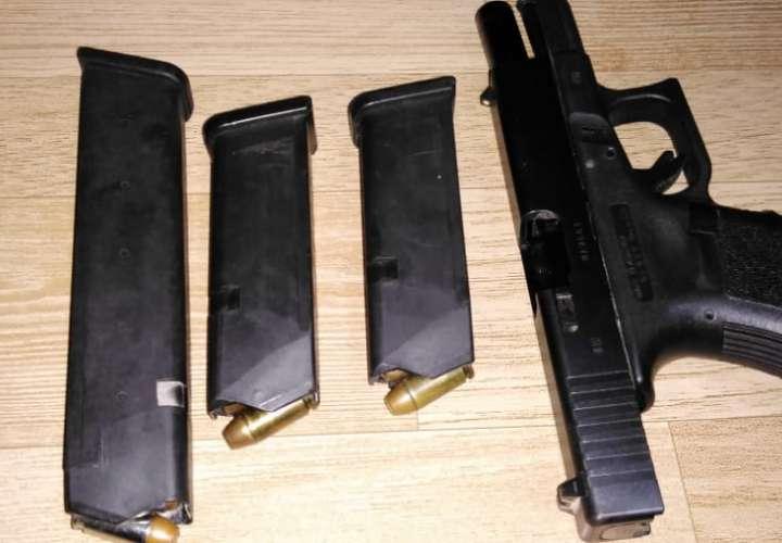 Estudiante cargaba pistola en su mochila