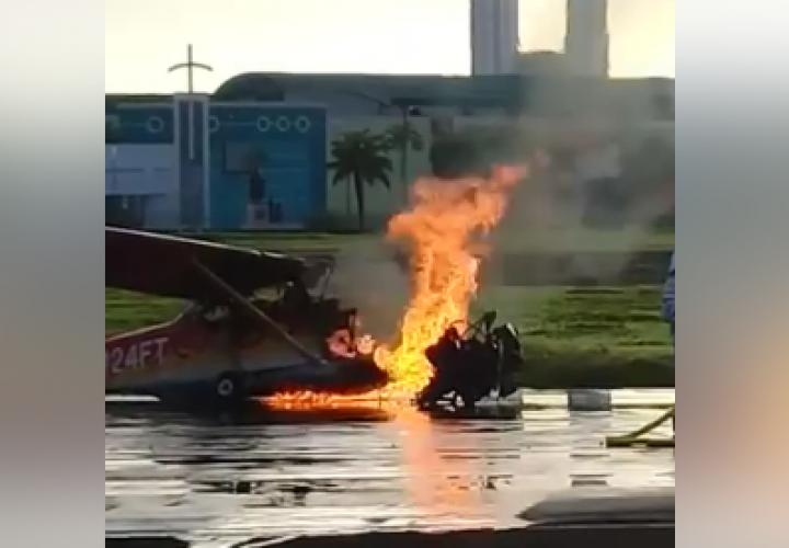 Se prenden avioneta al despegar en aeropuerto de Albrook [Video]