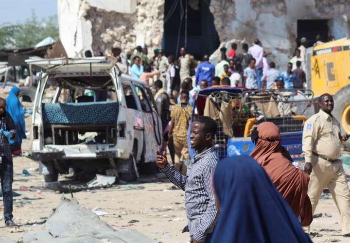 Al menos 78 muertos en un atentado terrorista en Mogadisco