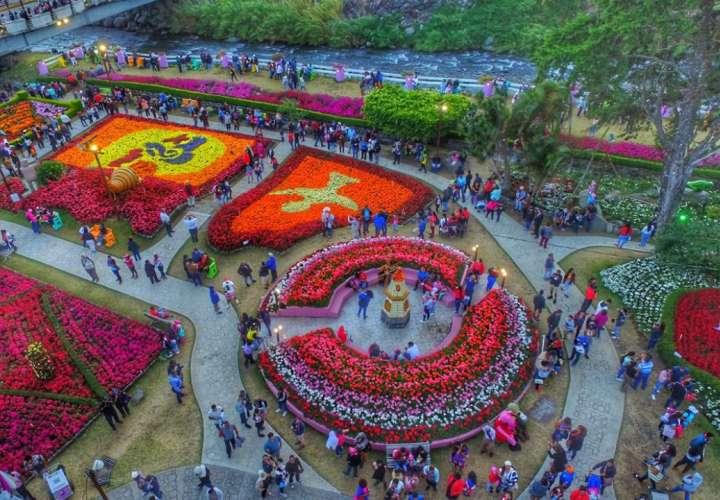Más de 60 mil personas ingresan a la Feria de las Flores y el Café