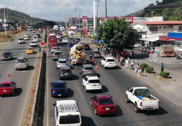 Tranque interminable en la autopista Arraiján-La Chorrera [Video]