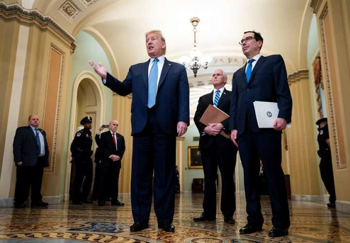 Plan de Trump ante el coronavirus: recorte de impuestos y ayuda a cruceros