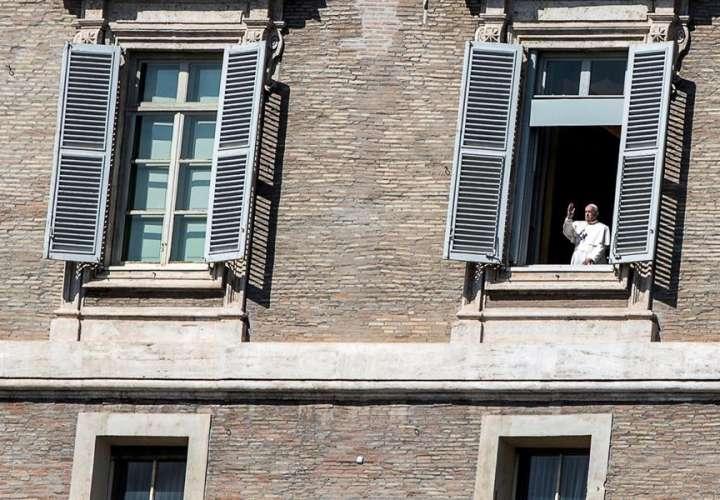 Papa celebrará la Semana Santa sin fieles a causa del coronavirus