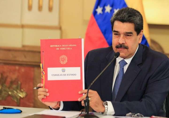 Casa Blanca compara a Maduro con Noriega