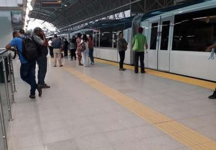 Gabinete da luz verde a contratación de ramal de la Línea 2