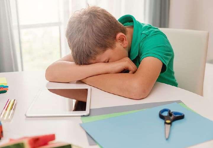 Padres prefieren que se posponga año escolar