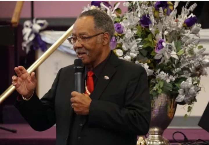 Muere el obispo evangélico que se jactó de no respetar medidas de confinamiento