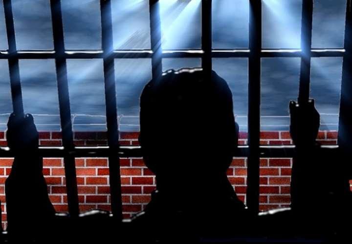 Hombre estuvo preso durante 27 años, debido a una 'sentencia errónea'