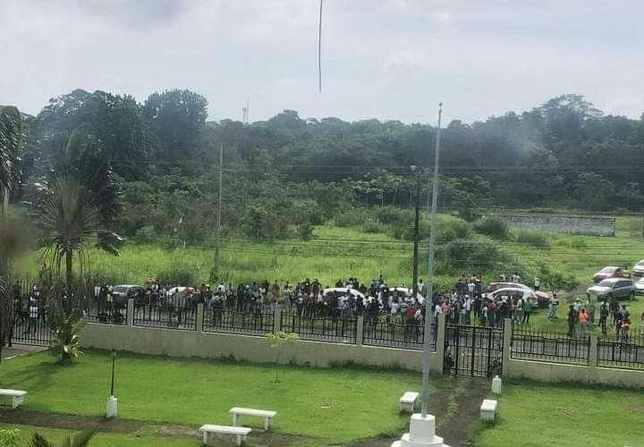 Desempleados de Colón anuncian marcha a la Presidencia para pedir trabajo