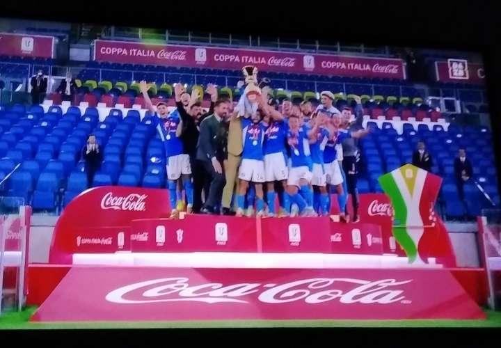 Napoli  sorprende a Juventus de Cristiano y se coronó campeón de la Copa Italia
