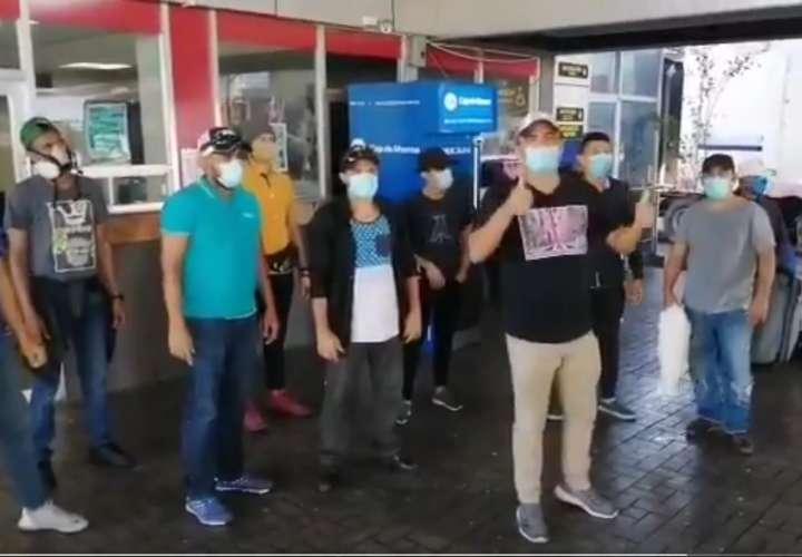 Nicaragüenses continuarán viaje hacia su país (Video)