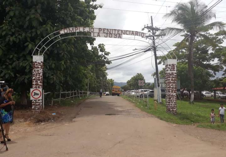 Divulgan lista de medicamentos que se permite ingresar al complejo La Joya