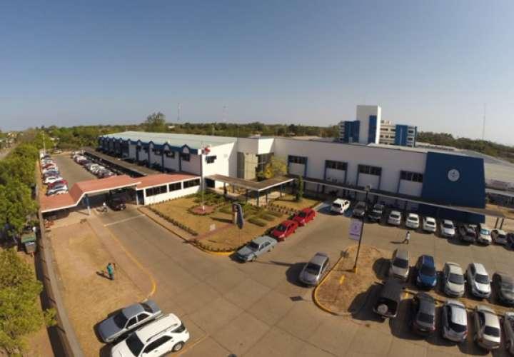Directivos del hospital de Aguadulce aseguran que hay insumos y equipos médicos