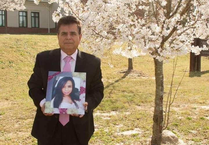 Padre de Vanessa: Panamá entregó al homicida de mi hija y EEUU lo sacó del país
