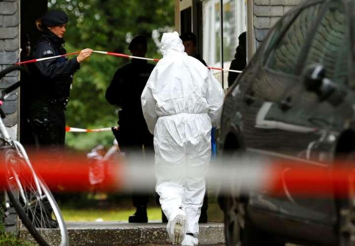 Mujer asesina a cinco de sus hijos y luego intenta suicidarse en Alemania