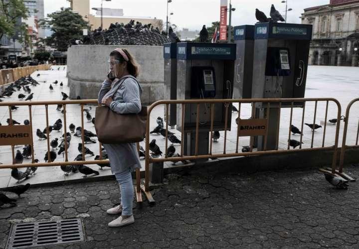 Costa Rica amplía apertura económica frente a un gris panorama de salud