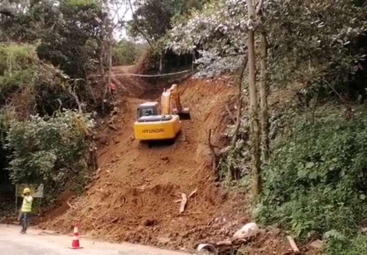¡Crimen ambiental! Protestan por carretera en el Parque Nacional de Campana