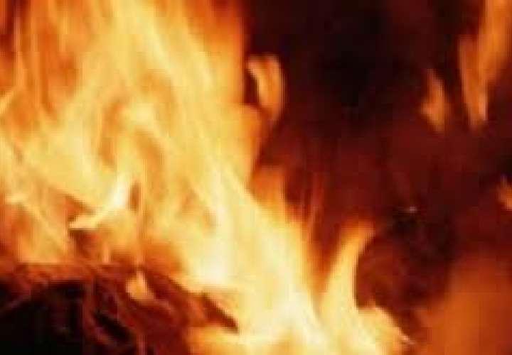 Un desconocido se quema vivo frente a sede del Interior en Bielorrusia