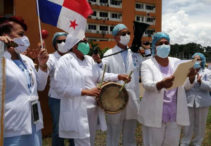 Enfermeras del Nicolás Solano se suman a la protesta nacional