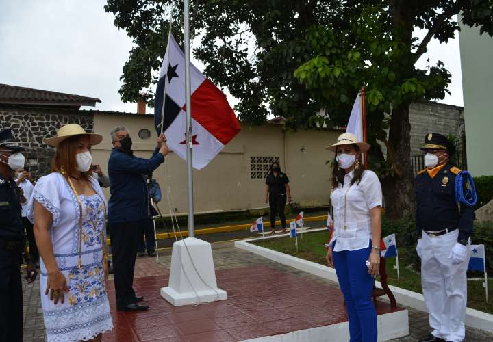 Panamá Oeste rinde homenaje a personal sanitario y víctimas del COVID-19