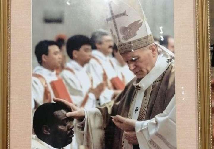 ¡El adiós al único obispo panameño consagrado por un Santo!