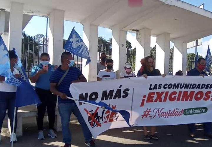 """Comunidades en Las Garzas exigen una """"Navidad sin Hambre"""""""